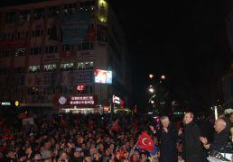 AK Parti'den Isparta Belediyesi Zaferi kutlamaları