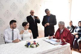 Başkan Başdeğirmen ilk nikahı kıydı