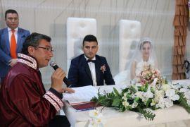 Başkan Gök ilk nikahı kıydı