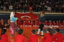 Isparta'da 7 bölgeli 23 Nisan kutlaması