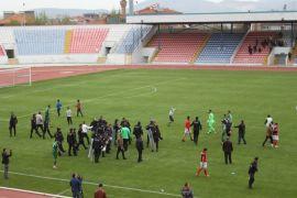 Olaylı maçın galibi Isparta Davrazspor oldu