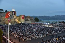 Eğirdir Belediyesi'nden  6 bin kişilik iftar