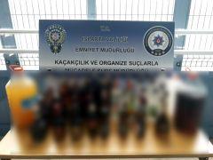 Evde içki üretimine polis baskını