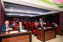 """Isparta Belediye Meclisi'nden """"Vakit, Isparta vakti"""" mesajı"""