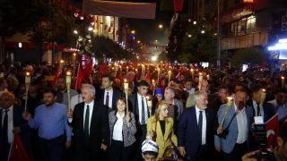 Isparta'da coşkulu 30 Ağustos gecesi