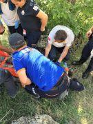 Kurtarma ekipleri dağda kekik toplarken kayalıklardan düşüp yaralanan vatandaş için seferber oldu