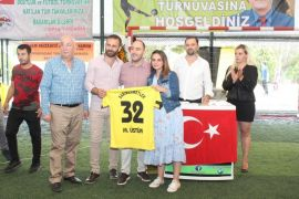 İstanbul'daki Sütçülerlilerden merhum belediye başkanları adına futbol turnuvası