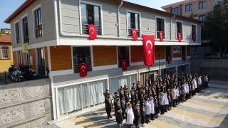Cumhuriyetin 96. kuruluş yıl dönümünde asker selamlı İstiklal Marşı sürprizi