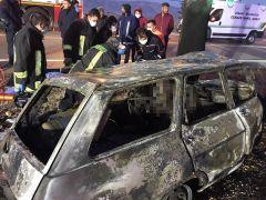 Düğün fotoğrafçısı kaza yaptığı otomobilde yanarak can verdi