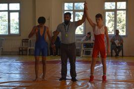 Isparta'da Cumhuriyet anısına ata sporu Güreş Müsabakaları