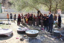 Isparta'da vatandaşlar yağmur duasına çıktı