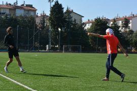 Isparta 32 Spor'dan, sentetik sahada Sarayköyspor maçı provası