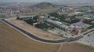 Isparta Belediyesi, üniversite kampüslerini asfaltladı