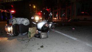 Motosiklet önce ağaca sonra direğe çarptı: 1 ölü, 1 ağır yaralı
