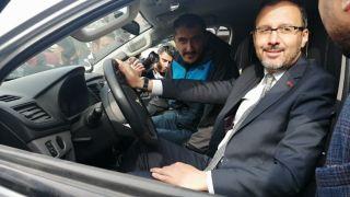 Bakan Kasapoğlu Isparta'da off-road aracına bindi