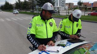Isparta'da 1 ayda 398 motosiklet ile 53 araç trafikten men edildi