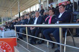"""Isparta 32 Spor Başkanı Yazgan: """"Isparta'mız profesyonel ligi hak ediyor"""""""