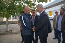 """Vali Seymenoğlu: """"Isparta 32 Spor, 2 haftadır çıkışa geçti, inşallah devamı gelir"""""""