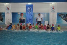 Yüzme Bilmeyen Kalmasın Projesi'nde yeni şampiyonlar yetiştirme hedefi