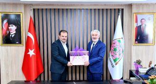"""AK Parti Yerel Yönetimler Başkan Yardımcısı Öz: """"Başkanımızla Isparta en iyi hizmeti alacaktır"""""""