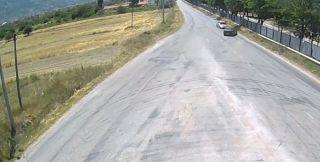 Isparta'da iki otomobilin kafa kafaya çarpışması kameralarda