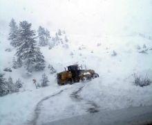 Isparta'da karla mücadele çalışmaları sürüyor