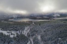 Gölcük'te kar yağışı sonrası kartpostallık görüntüler