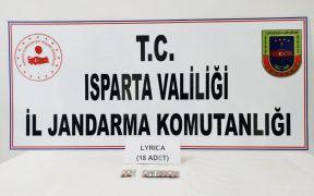 Isparta'da yol kontrolünde uyuşturucu ele geçirildi: 5 gözaltı
