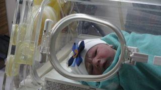 Yılın ilk bebeğinin doktor babası heyecandan koyduğu ismi unuttu