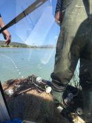 Ekipleri görünce tekneyi suya batırarak kaçtılar