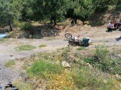 Tır motosikletle çarpıştı: 1 ölü