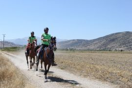 Atlı Dayanıklılık Türkiye Şampiyonası Isparta'nın ev sahipliğinde gerçekleştiriliyor