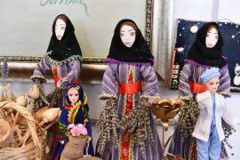 Isparta'da el emeği 'Mor Gız' görücüye çıktı