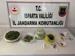 Jandarma'dan uyuşturucu operasyonu: 3 gözaltı