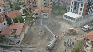 Isparta'da 80 metruk binanın yıkımı gerçekleştirildi