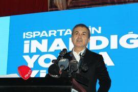 """AK Parti Sözcüsü Çelik: """"Türkiye'de bir partinin yöneticileri yabancı bir devlet başkanından demokrasi dileniyor"""""""