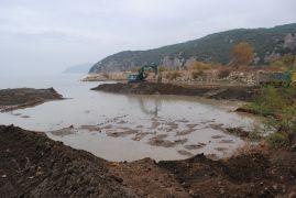 Eğirdir Gölü'nde dip çamuru temizliği
