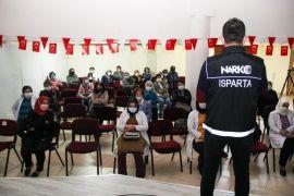 Isparta'da 53 anne ve anne adayına madde bağımlılığı eğitimi verildi