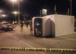 Isparta'da kamyonet ile otomobil çarpıştı: 1 ölü, 5 yaralı
